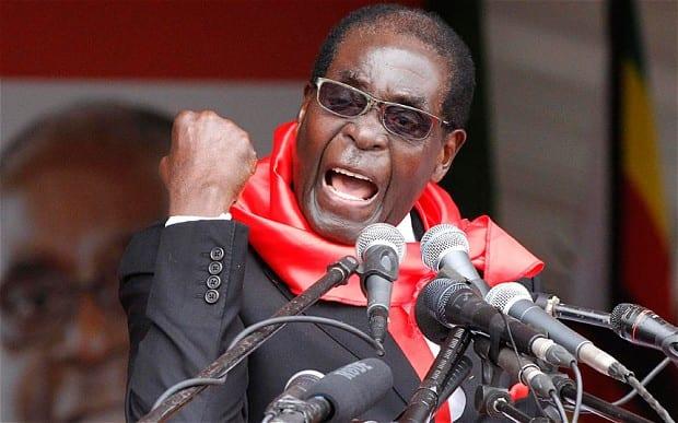 Photo de Voilà le Top 10 des meilleures citations de Robert Mugabe qui enflamment la toile.