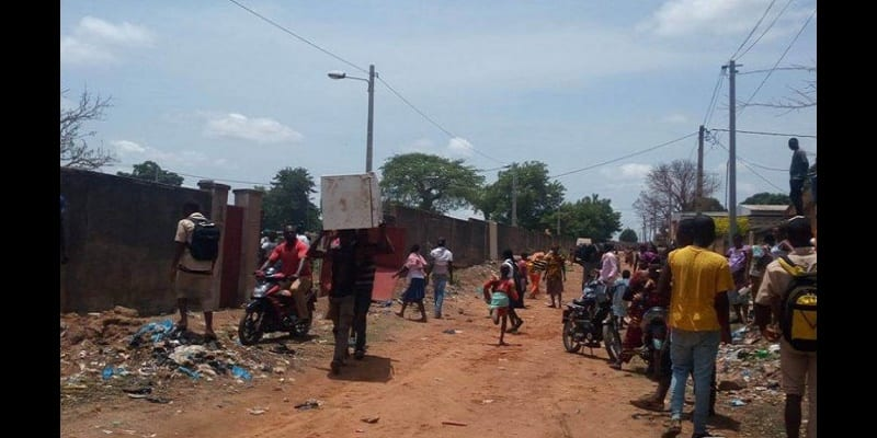 Photo de Côte d'ivoire:  reprise des manifestations à Ouangolo, le préfet exfiltré et sa résidence pillée. Explications!