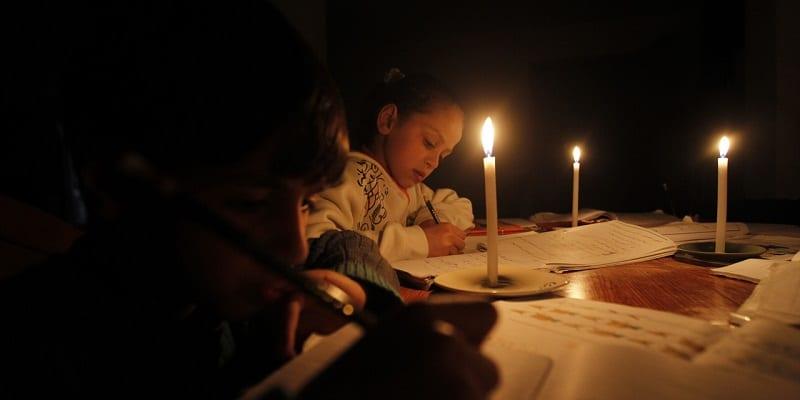 Photo de Israël fournira désormais à la Palestine 2 heures d'électricité par jour. Les raisons…