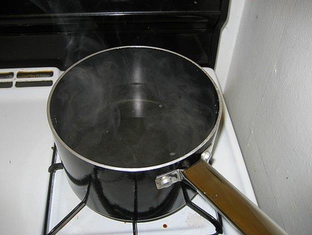 Photo de Découvrez le danger lorsque vous faites bouillir la même eau deux fois