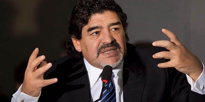 Photo de Maradona ironise sur le mariage de Messi, clashe Donald Trump et le nouvel entraineur de l'Argentine.