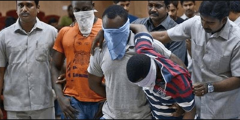 Photo de Inde : 5 Nigérians arrêtés pour trafic de drogue et d'être humain (photo)