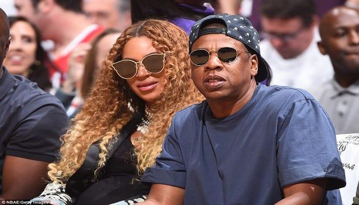 Photo de Jay Z et Beyoncé: le couple s'offre une immense villa avec des mûrs et fenêtres blindés (Photos)