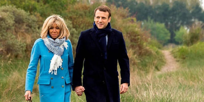 Photo de France: Emmanuel Macron réagit à la mort de Johnny Halliday