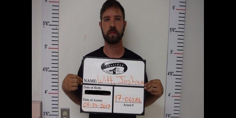 Photo de USA: Un blanc se poignarde et accuse un noir