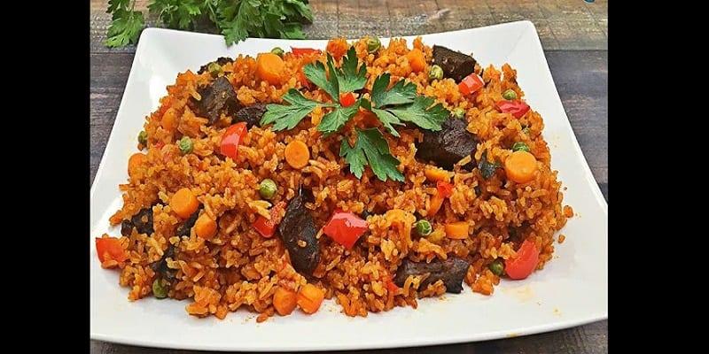 """Photo de La Gambie bat le Nigeria et le Ghana dans une compétition de préparation de """"riz Jollof"""""""
