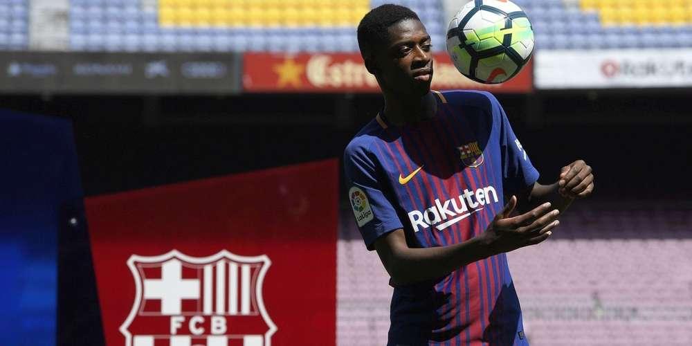 Photo de FC Barcelone: Dembélé rate ses jongles lors de sa présentation au Camp Nou (Vidéo)