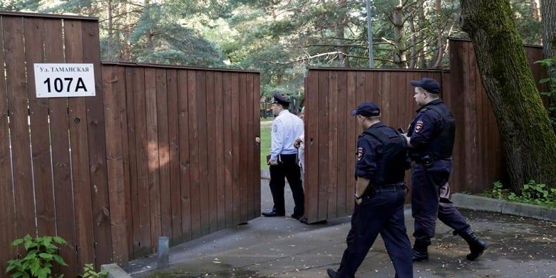 Photo de Les autorités Russes délogent les diplomates américains et les contraignent à partir