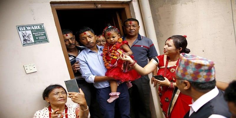 Photo de Népal: A trois ans, une fillette est proclamée déesse vivante et enfermée dans un palais. Explications