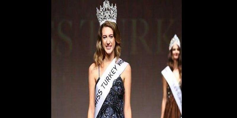 Photo de Miss Turquie 2017 déchue de sa couronne quelques heures après l'avoir remportée
