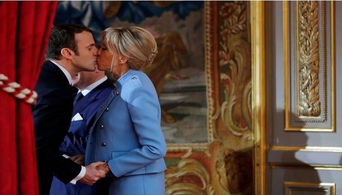 """Photo de France : Emmanuel et Brigitte Macron se sont dit """"oui"""" pour la dixième fois"""