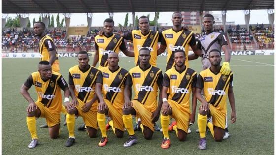 Photo de Football: La Caf sanctionne l'Asec Mimosas. Le club réagit !