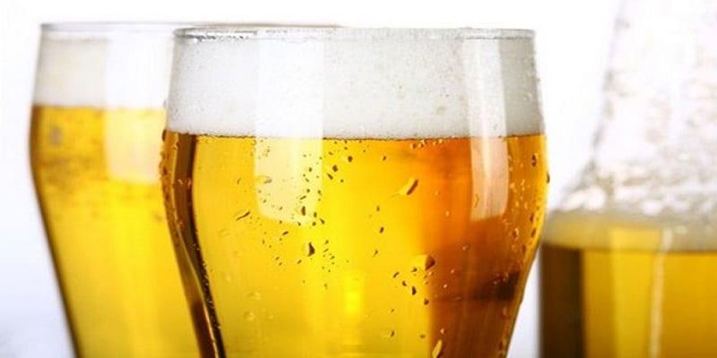 """Photo de Société: Ceux qui boivent """"un peu d'alcool"""" sont meilleurs en langues étrangères (Etude)"""