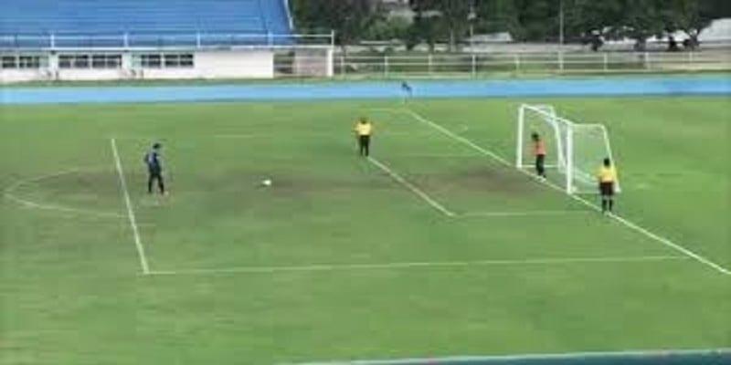 Photo de Football: ce tir au but qui fait le buzz sur la toile (Vidéo)