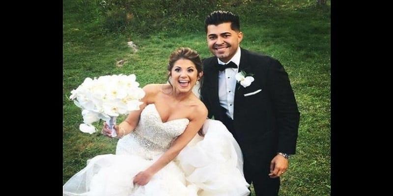 Photo de Un couple né le même jour dans le même hôpital se marie 27 ans plus tard (photos)