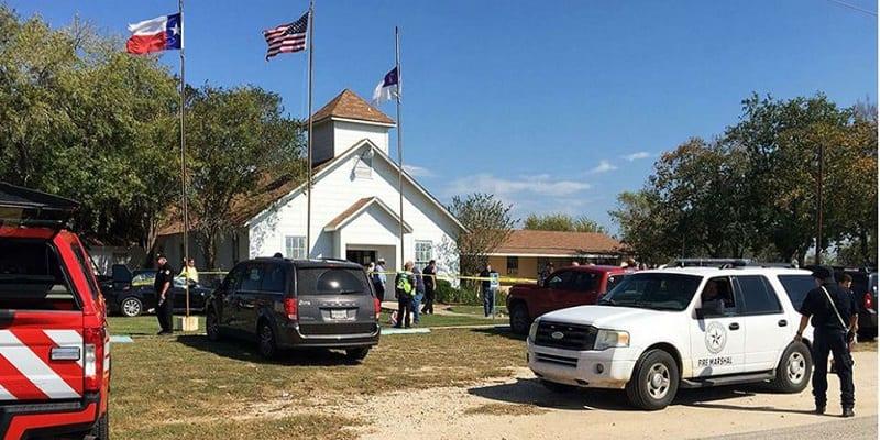 Photo de USA: Une nouvelle fusillade fait 26 morts. Plusieurs débats relancés !