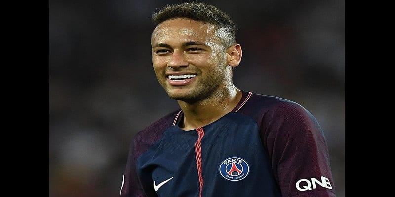 Photo de PSG: Neymar félicité pour sa belle prestation face à Troyes