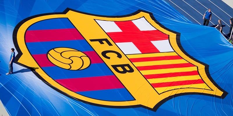 Photo de FC Barcelone: le club fête ses 118 ans. Découvrez le tout premier maillot de l'histoire du Barça