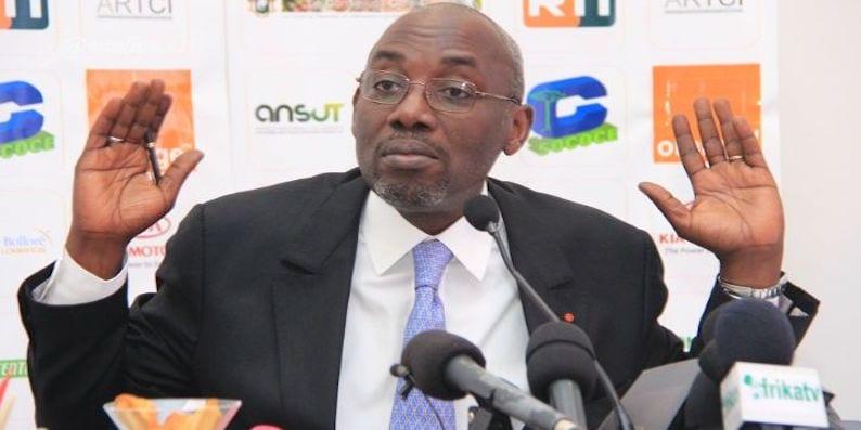 Photo de Qualifications Mondial 2018: le président de la Fédération Ivoirienne de Football en pleine bagarre (vidéo)