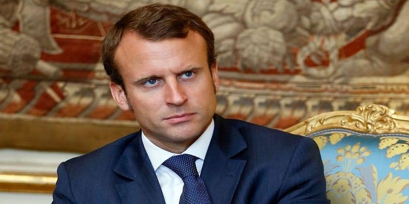 Photo de France : Emmanuel Macron est un amoureux de réunions nocturnes