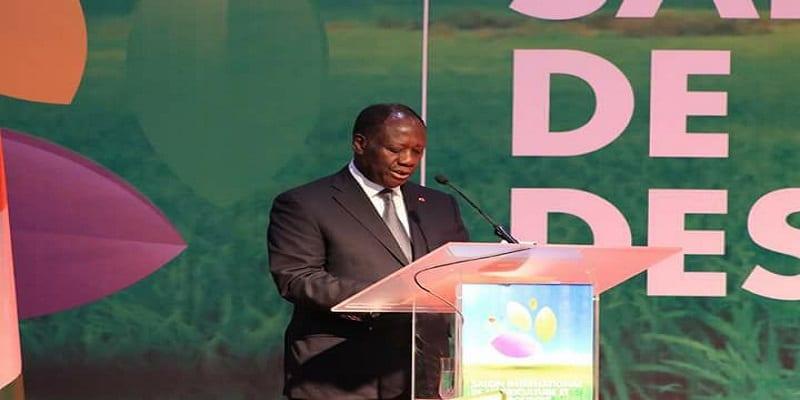 """Photo de Alassane Ouattara: """"Les pays Africains doivent prendre leurs responsabilités"""""""