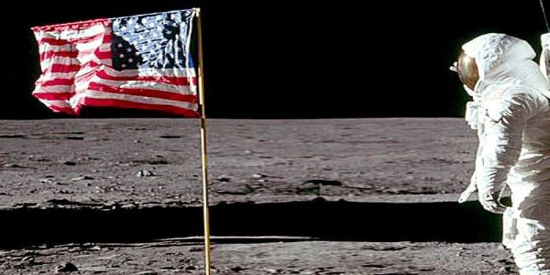 Photo de Etats-Unis: Trump veut établir une base sur la lune