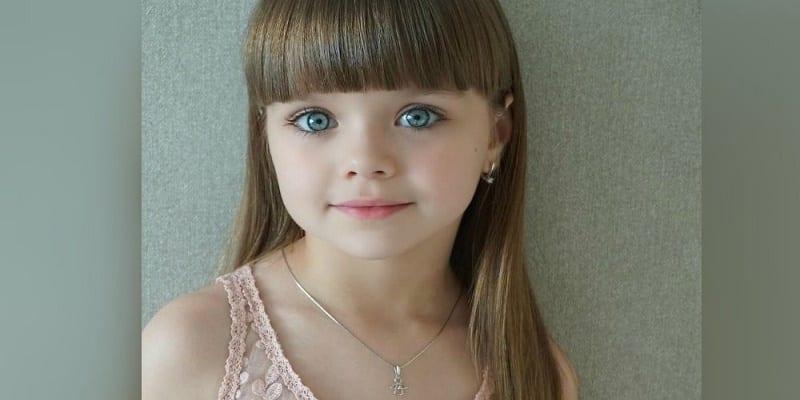 Photo de La petite Anastasia Knyazeva désignée la plus belle fillette du monde (photos)