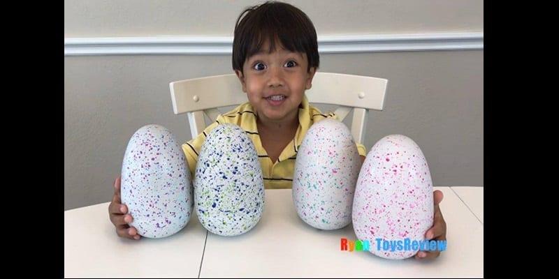 Photo de À 6 ans, cet animateur est l'un des plus jeunes multimillionnaires au monde (vidéo)