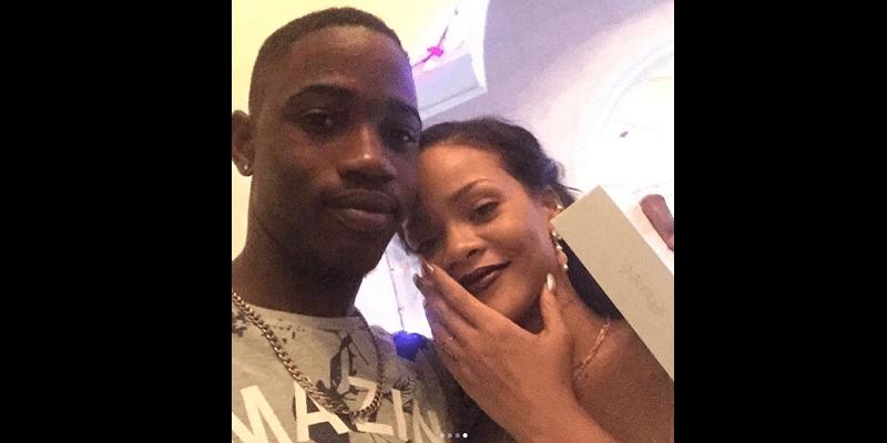 Photo de USA: Rihanna toute en larmes à l'enterrement de son cousin tué par balles (photo)