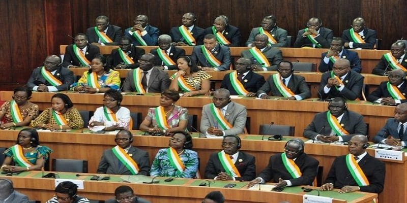 Photo de Côte d'Ivoire: Abandon des poursuites contre un député pour violence sur une policière