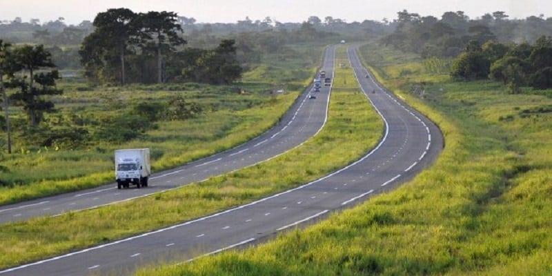 Photo de Côte d'Ivoire: 1500 milliards FCFA pour financer les projets routiers en 2018