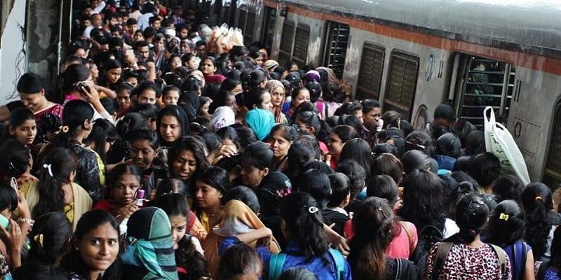 derailment-gangurde-hindustan-station-station-monday-railway_bc660fae-2dd1-11e7-bd89-19cc2c5d765e