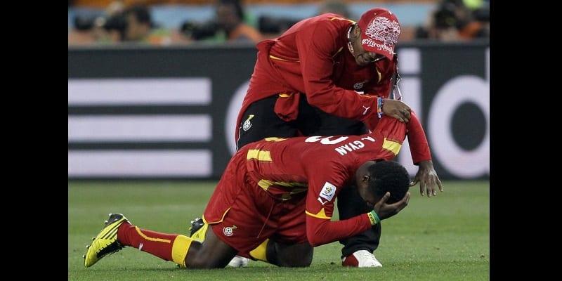 Photo de Mondial 2010: Asamoah Gyan revient sur ce penalty manqué en quart de finale (vidéo)