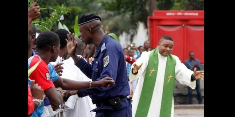 Photo de RDC: 10 prêtres catholiques arrêtés pour la marche anti-Kabila