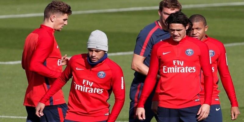 Photo de Le vestiaire du PSG sous tension après la défaite face au Réal Madrid?