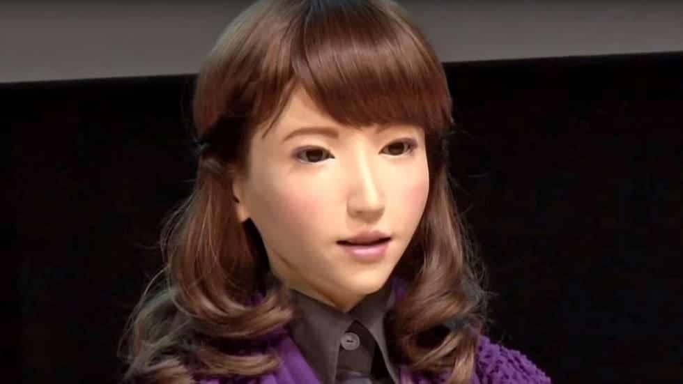 Photo de Technologie: Le Japon invente un robot pour présenter le journal télévisé!