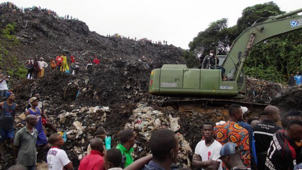 Photo de Mozambique/Drame : 17 personnes tuées par des tas d'ordures à Maputo!