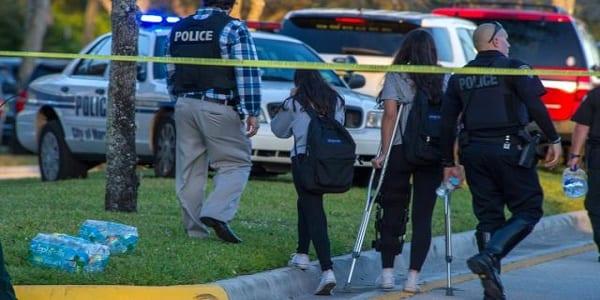Photo de USA: Une fusillade dans un lycée fait plusieurs morts et des blessés