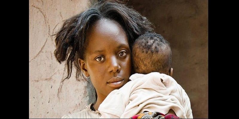Photo de Mariée à un homme de 35 ans alors qu'elle n'avait que 12 ans, sa triste histoire vous choquera