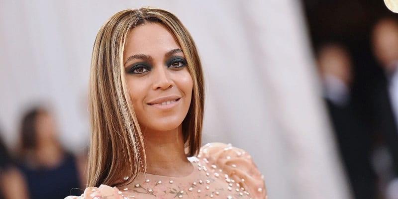 Photo de Showbiz : Beyoncé signe un partenariat avec une grande marque