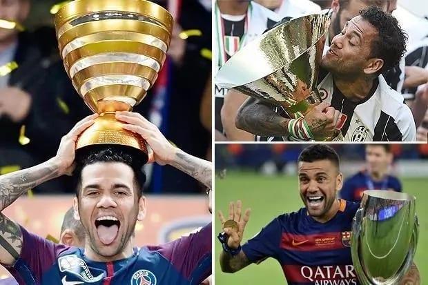 Photo de Football : Dani Alves devient le joueur le plus titré de l'histoire (photo)