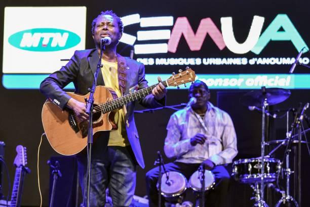 Photo de Musique: Lokoua Kanza célèbre ses 60 ans avec les Ivoiriens!(vidéo)