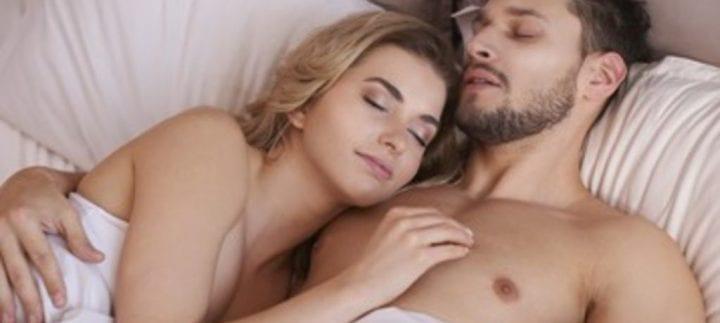 Photo de Santé : Voici les avantages de dormir tout nu dans votre lit!