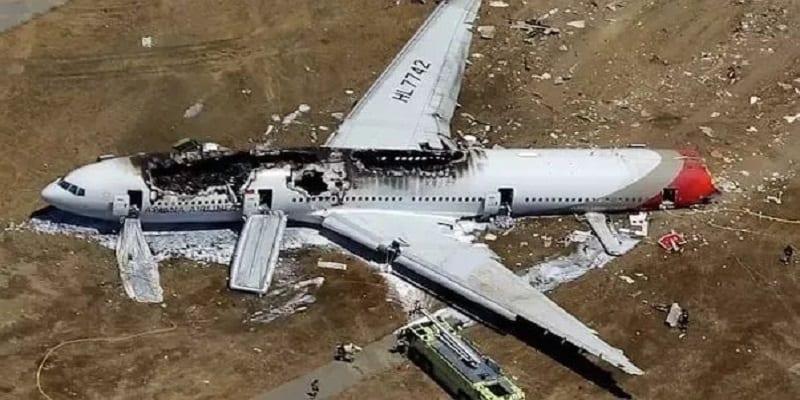 Photo de Algérie/Drame: 257 personnes périssent dans le crash d'un avion militaire
