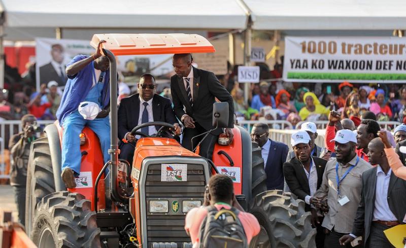 Photo de Agriculture: Le Sénégal se dote de 1.000 tracteurs pour être le « grenier de l'Afrique de l'ouest »
