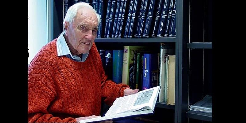 Photo de Australie: A 104 ans, un scientifique se rend en suisse pour mettre fin à sa vie