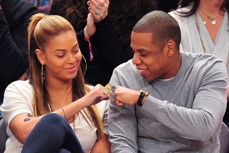 Photo de Insolite : Les couples qui gagnent le même salaire vivent ensemble longtemps(étude)