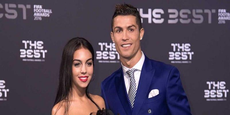 Photo de Cristiano Ronaldo: Découvrez le montant de l'alliance offert à Georgina