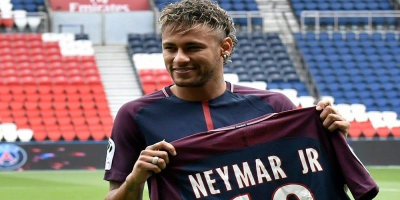 Photo de Football: Neymar revient sur le montant déboursé par le PSG pour son transfert