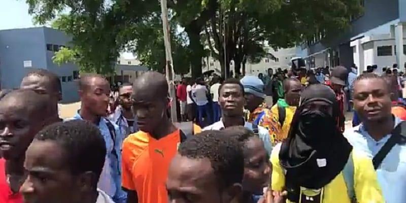 Photo de Côte d'Ivoire/ Mort d'un étudiant de l'INJS: ses camarades paralysent Abidjan